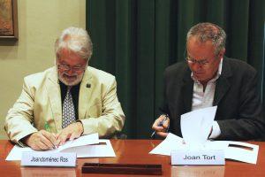 La Societat D'Onomàstica Signa Un Conveni De Col·laboració Amb L'IEC
